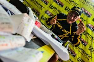 Daniel Mazzucco, da equipe Can-Am, marca planilha do Rally Dakar 2014 Crédito: David Santos Jr/Webventure