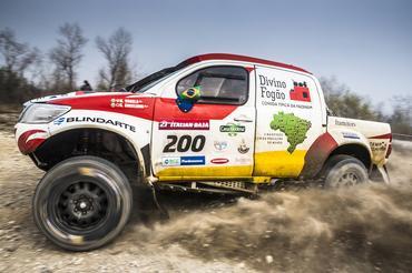Copa do Mundo de Rally Cross Country: Varela e Gugelmin dão show e fazem segundo tempo