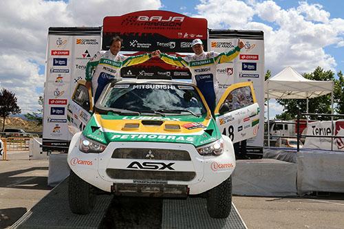 Guiga Spinelli e Paulo Fiuza terminam o Baja Aragon em 6º - Foto: Jorge Cunha/Mitsubishi