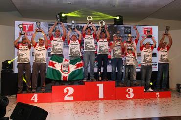 Os vencedores na Júnior: Marcos Gustavo Francio e Bruno Rozalen Tesser - Foto: Michel Rezende