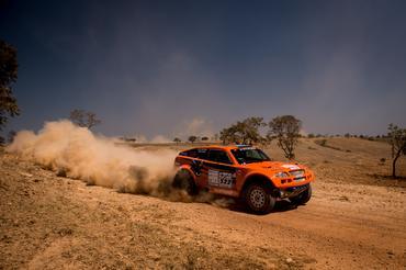 Michel e Borries levantando poeira na etapa 3 - Foto: Victor Eleutério/Webventure
