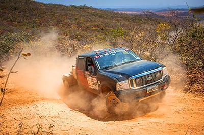 Bragante/Costa/Corder: vice-líderes nos caminhões  - Foto: Gustavo Epifanio / Webventure