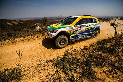Spinelli e Haddad seguem na ponta no geral dos carros  - Foto: Ricardo Leizer / Webventure