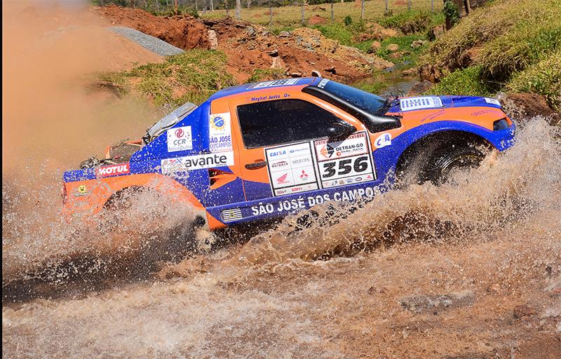 . A dupla terminou o dia com o quinto lugar na categoria Pró-Brasil - Foto: DFotos