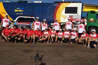 Equipe completa do Divino Fogão Rally Team - Foto: Foto: Divino Fogão Rally Team