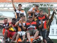 Vinícius Mota e Rafael Shimuk, campeões dos UTVs com o Can-Am Maverick no Rally dos Sertões 2014 Foto: Idário Café/Mundo Press