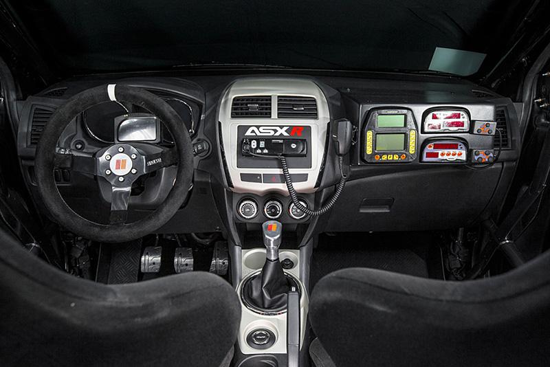 Modelo será oferecido pelo sistema sit&drive - Foto: Murilo Mattos / Mitsubishi