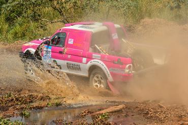 O Rally Serra Azul encerrou o evento com uma especial de 103 quilômetros  - Foto:  Doni Castilho/DFOTOS