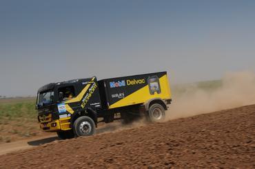 Guido Salvini, Flávio Bisi e Fernando Chwaigert são campeões do Rally Serra Azul - Foto: Fábio Davini/DFOTOS