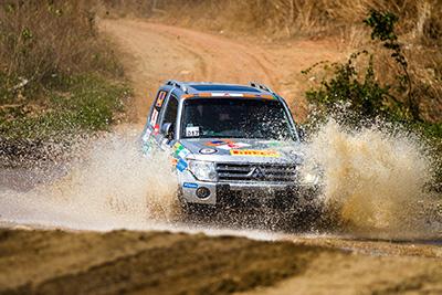 Rali é dividido nas categorias Graduados, Turismo e Turismo Light - Foto: Tom Papp / Mitsubishi