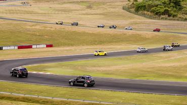 Suzuki Track Day no Velo Cittá - Foto:  Green Pixel/Suzuki