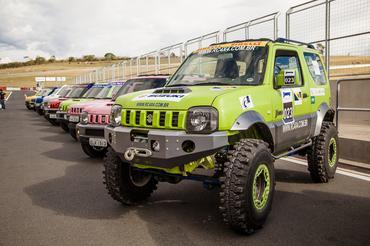 Carros prontos para o Jimny Parade - Foto:  Green Pixel/Suzuki