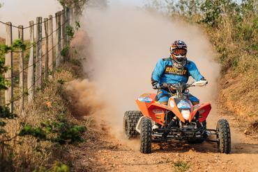Piloto Jérémy Dubois, categoria quadriciclo - Foto:  Márcio Machado/Webventure