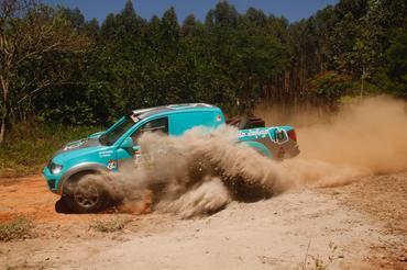 Rally Rota Sudeste: dupla levanta poeira e vence mais uma - Foto: Sanderson Pereira/Photo-S
