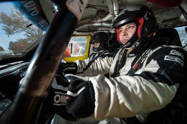 O piloto Mauro Guedes e o navegador Neurivan Calado  - Foto:  Gustavo Epifanio