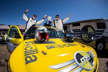 O piloto Mauro Guedes e o navegador Neurivan Calado representam a MS Rally - Foto:  Vinicius Branca