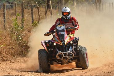 Gabriel Varela pode conquistar o terceiro título de 2015 - Foto:  Ney Evangelista/DFotos