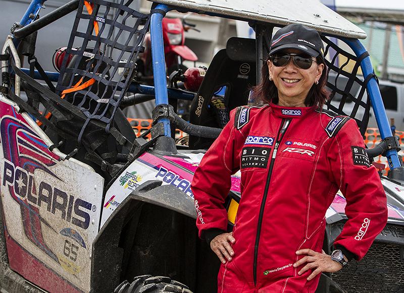 A piloto Helena Deyama compete no mundo off-road desde 1999 - Foto:  Luciano Santos