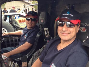 Facco e Ribeiro vão acelerar no deseto neste sábado por 640km - Foto:  Divulgação