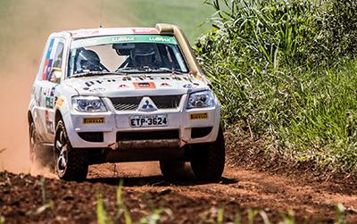 Já na Pajero TR4 ER, quem venceu foi Vitor José Muench e Jorge Adriano Peters  - Foto:  Adriano Carrapato / Mitsubishi