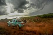 Pista rápida, com curvas e cascalho em meio a cana alta - Foto:  Sanderson Pereira/Photo-S