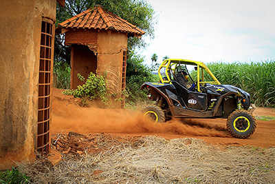 Dimas Pimenta III a bordo do Can-Am Maverick Xds Turbo no Rally Barretos 2015  - Foto: Luciano Santos/DFotos