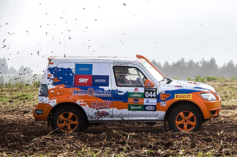Já na Pajero TR4 ER, quem venceu foi Luiz Claudio Parente e Glauco Alencastro - Foto:  Cadu Rolim / Mitsubishi