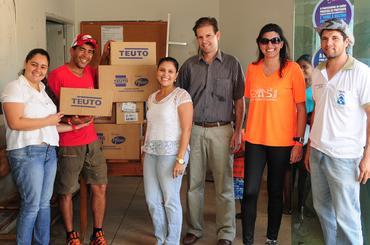 Equipe da S.A.S. Brasil durante ação social em 2013