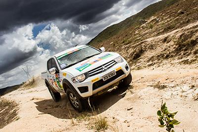 Participantes passarão por muitas dunas e falésias  - Foto:  Adriano Carrapato / Mitsubishi