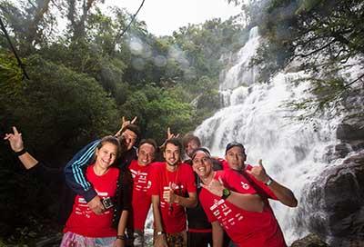 Equipes participam de atividades ao ar livre e culturais - Foto:  Tom Papp / Mitsubishi