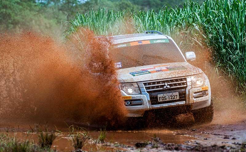 Duplas de todo o Brasil participaram do rali - Foto: Marcio Machado / Mitsubishi