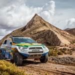 Subindo as montanhas argentinas, Equipe Mitsubishi Petrobras ganha posições no Dakar