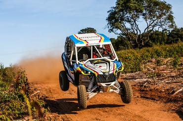 Rodrigo Varela (Can-Am Maverick) é o campeão na categoria UTV do Rally Cuesta (Sanderson Pereira/Photo-S)