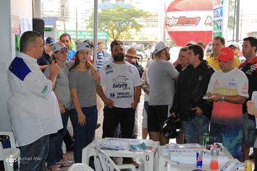 Briefing do Rally Paraná aos competidores (Foto: Myckael Allan )