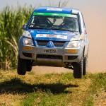Mitsubishi Cup faz prova em meio a canavial e levanta muita poeira em Mogi Guaçu (SP)