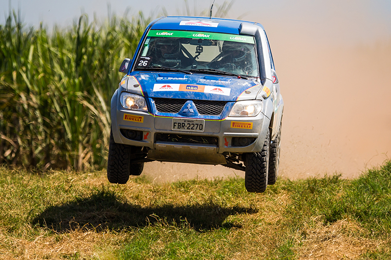 Carro vencedor da categoria Pajero TR4 ER Master - Foto: Cadu Rolim/Fotovelocidade