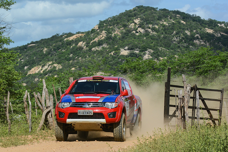 Cristian e Weidner venceram o terceiro dia na Super Production (Doni Castilho/DFotos)