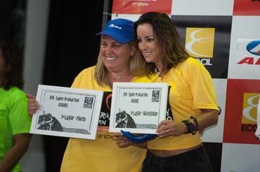 Única dupla feminina do grid fecha em quinto na Super Production - Foto: Fabio Davini/Dfotos