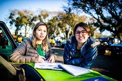 Famílias e amigos participam da prova - Foto:  Tom Papp / Suzuki