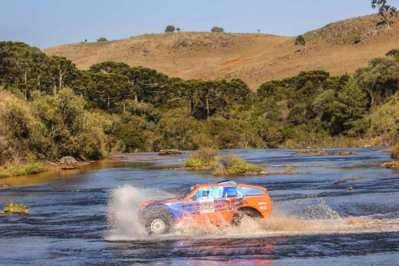 Após dois dias de disputas, dupla é Campeã do Rally Rota SC - Foto: Sanderson Pereira/ PhotoEsporte
