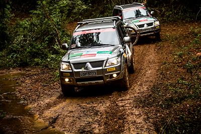 Participantes enfrentaram prova com muita lama  - Foto:  Ricardo Leizer / Mitsubishi