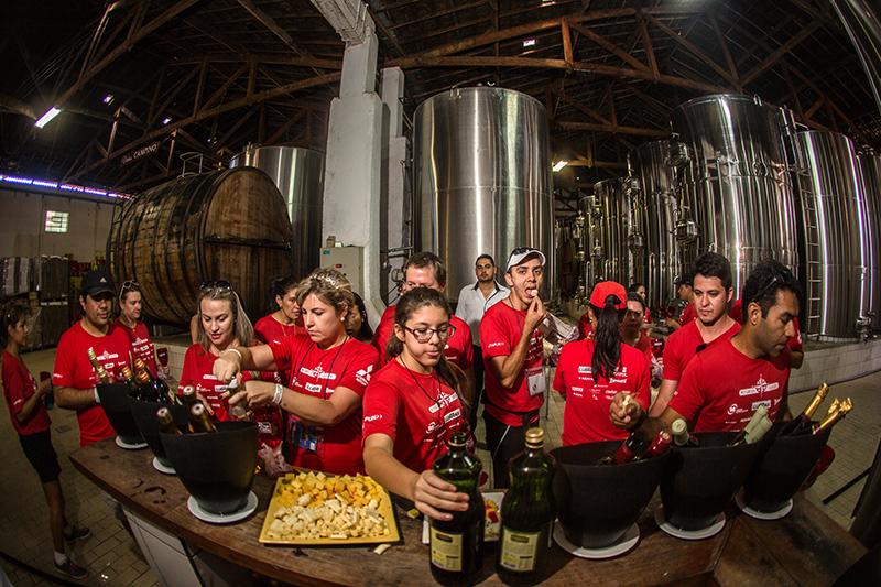 Cultura e gastronomia farão parte do percurso - Foto:  Tom Papp / Suzuki