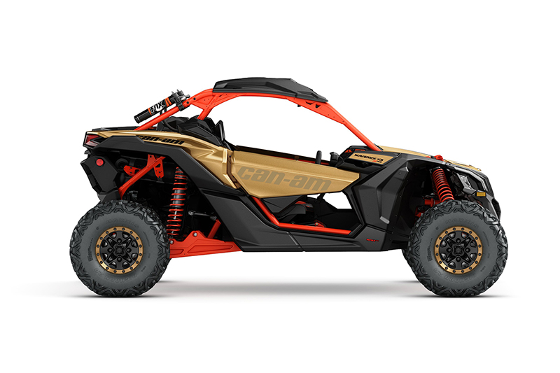 z_2017-maverick-x3-x-rs-turbo-r-gold-and-can-am-red_side-right