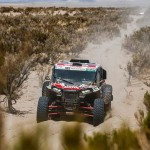 Dupla brasileira faz história e vence pela primeira vez uma etapa do Rally Dakar nos UTVs