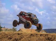 Bruno Varela subiu para a liderança do Brasileiro de Rally Baja (Foto: Luciano Santos/DFotos)