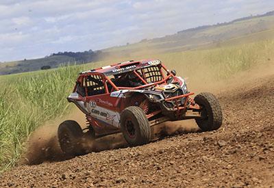 Rodrigo Varela está na vice-liderança do Brasileiro de Rally Baja (Foto: Luciano Santos/DFotos)