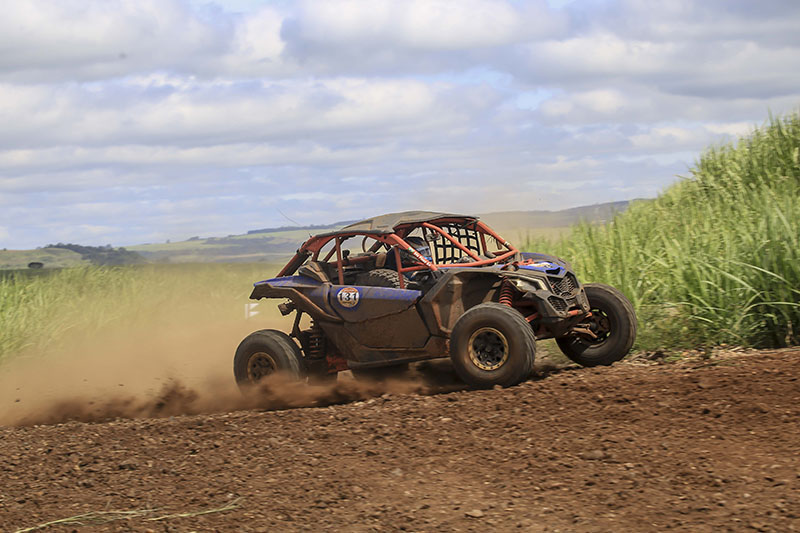 Edu Piano a bordo do UTV Can-Am Maverick X3 X RS no Rally Cuesta Off-Road 2017 Crédito: Luciano Santos/DFotos