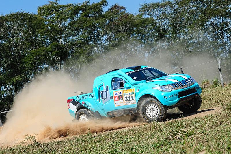 Dupla Fontoura/Minae acelerando na última Especial, no sábado  (Doni Castilho/DFotos)
