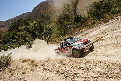 O grid contou com 161 veículos, dos quais 42 na categoria carros - Foto:  Sanderson Pereira/ PhotoEsporte