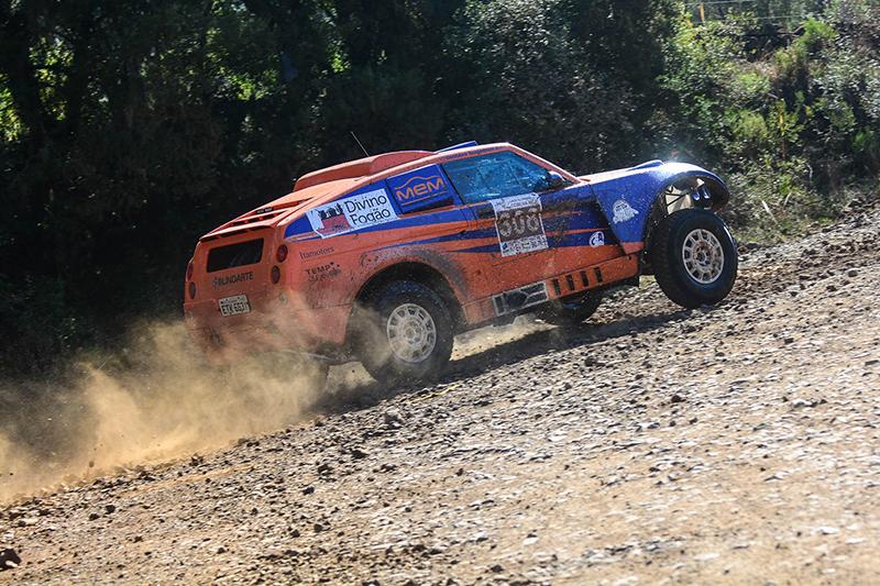 A prova contará pontos para o Campeonato Brasileiro de Rally Cross Country (Doni Castilho/DFotos)